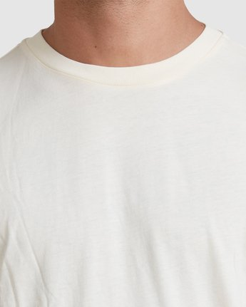 3 Rvca Washed Short Sleeve Tee White R105050 RVCA
