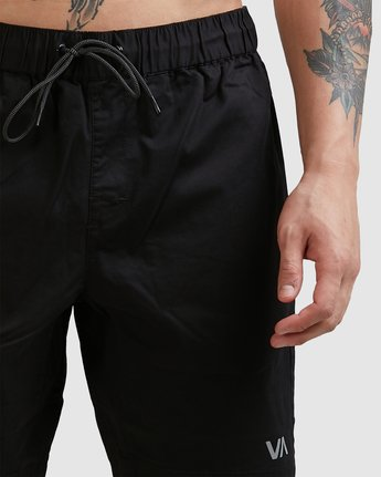 7 SPECTRUM SHORTS Black R107311 RVCA