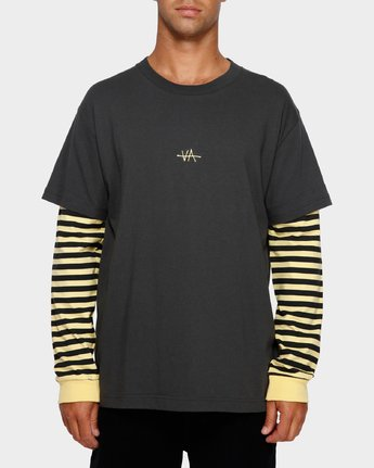 1 VA Lay Low Long Sleeve Tee  R191093 RVCA