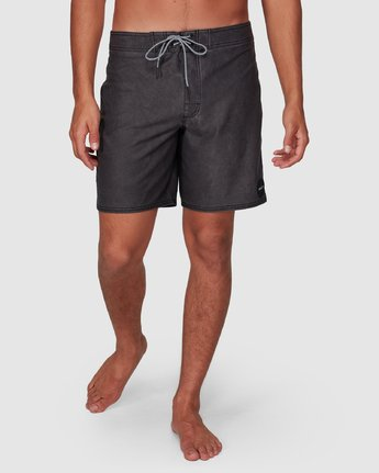 7 VA Trunk 17 Inch BoardShort Black R192407 RVCA