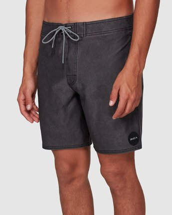 3 VA Trunk 17 Inch BoardShort Black R192407 RVCA