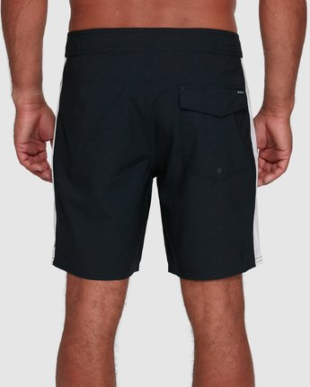 5 Apex Trunk Black R305402 RVCA