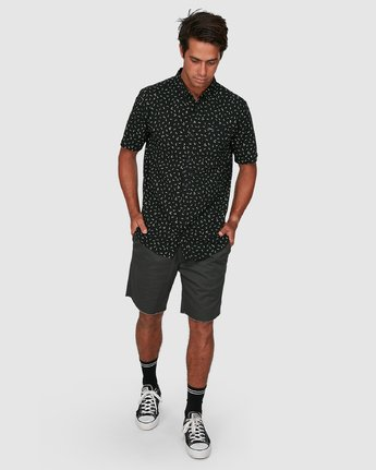 5 Scattered Short Sleeve Shirt Black R306183 RVCA