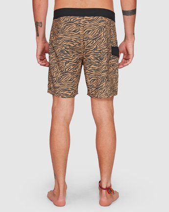 9 Restless Boardshorts Yellow R308401 RVCA