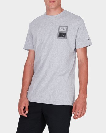 1 Box Label T-Shirt  R371008 RVCA