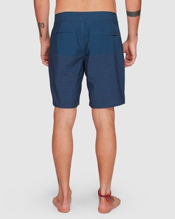 11 CURREN TRUNK Blue R383411 RVCA
