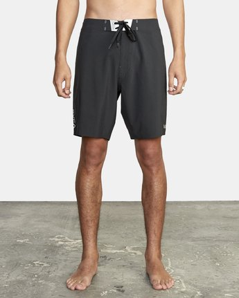"1 Commander Trunk 18"" - Black Board Shorts for Men Black S1BSRLRVP0 RVCA"