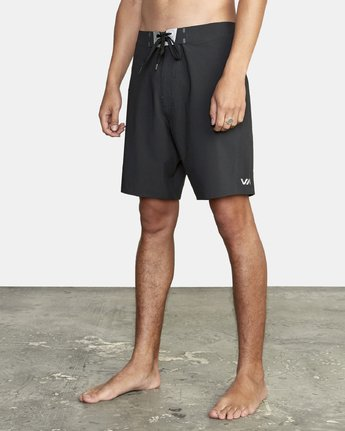 "2 Commander Trunk 18"" - Black Board Shorts for Men Black S1BSRLRVP0 RVCA"