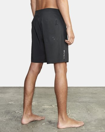 "5 Commander Trunk 18"" - Black Board Shorts for Men Black S1BSRLRVP0 RVCA"