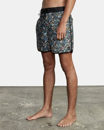 2 Freeport - Board Shorts for Men  T1BSRDRVS0 RVCA