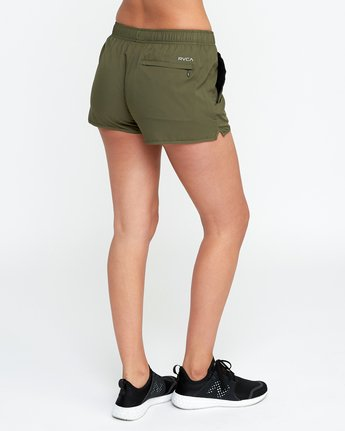 3 Womens Yogger Short Green T253QRYO RVCA