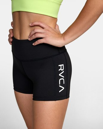 10 VA Fitted Short Black TQ51QRSH RVCA