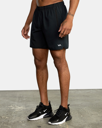 "8 YOGGER STRETCH ATHLETIC SHORTS 17"" Black V201TRYS RVCA"