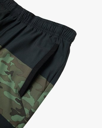 "10 YOGGER STRETCH ATHLETIC SHORTS 17"" Black V201TRYS RVCA"