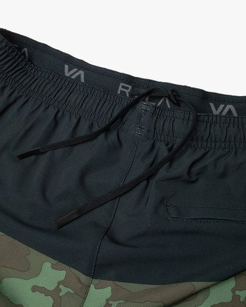 "11 YOGGER STRETCH ATHLETIC SHORTS 17"" Black V201TRYS RVCA"