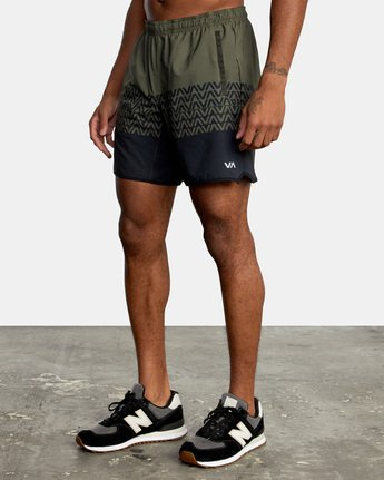 "2 YOGGER STRETCH ATHLETIC SHORTS 17"" Black V201TRYS RVCA"