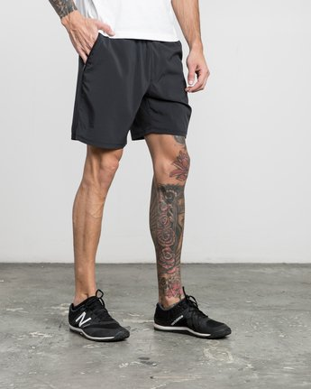 "6 ATG 17"" Short Black V202PRAT RVCA"