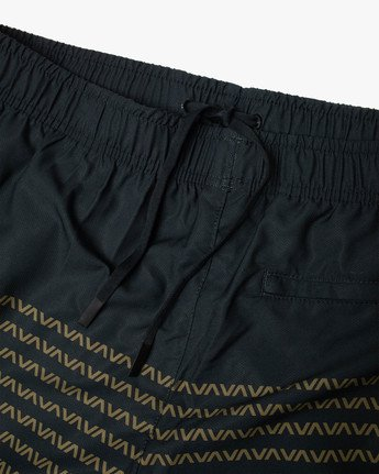 "12 YOGGER IV Recycled 17"" WORKOUT SHORT Black V2091YGR RVCA"