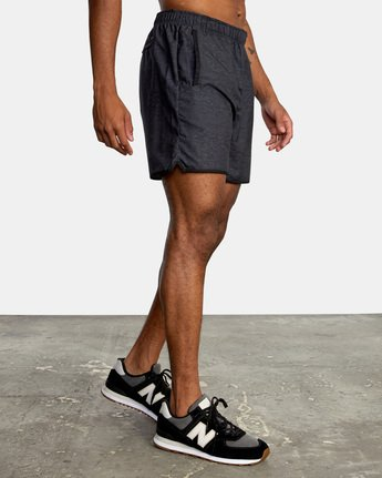 "5 YOGGER IV ATHLETIC SHORTS 17"" Black V2091YGR RVCA"