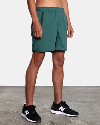 "7 YOGGER IV ATHLETIC SHORTS 17"" Green V2091YGR RVCA"