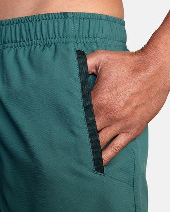 "9 YOGGER IV ATHLETIC SHORTS 17"" Green V2091YGR RVCA"