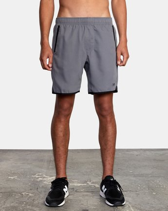 "7 YOGGER IV 17"" WORKOUT SHORT Grey V2133RYG RVCA"