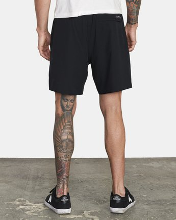 "2 YOGGER IV ATHLETIC SHORTS 17"" Black V2133RYG RVCA"