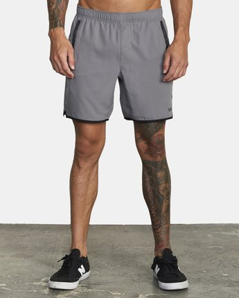 "1 YOGGER IV 17"" WORKOUT SHORT Grey V2133RYG RVCA"
