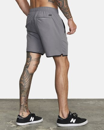 "5 YOGGER IV 17"" WORKOUT SHORT Grey V2133RYG RVCA"