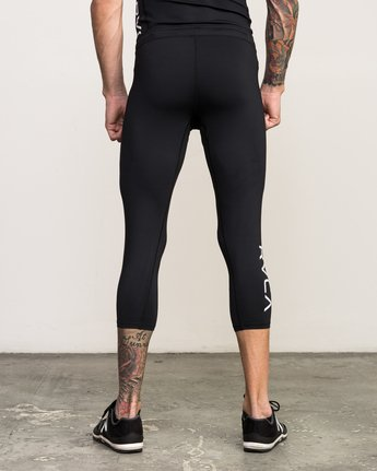 3 VA 3/4 Performance Tight Black V302QRCL RVCA