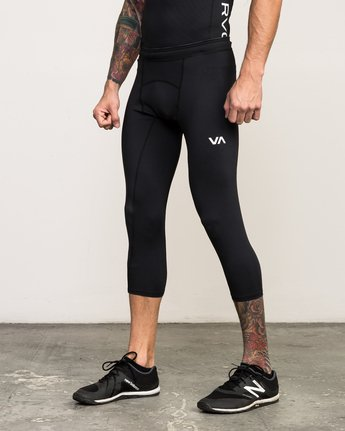 1 VA 3/4 Performance Tight Black V302QRCL RVCA