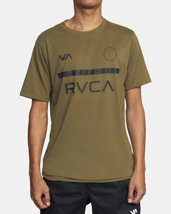4 MID BAR SHORT SLEEVE TEE Green V4043RMI RVCA