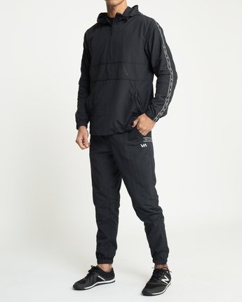6 Adapter Anorak Jacket Black V704TRAA RVCA