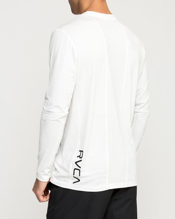 4 VA Vent Long Sleeve Top White V903QRVL RVCA