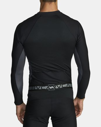 6 COMPRESSION LONG SLEEVE TOP Black VR011RCL RVCA