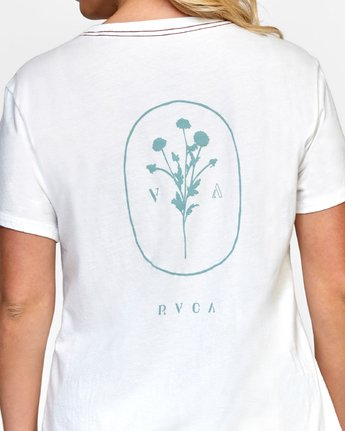 5 MEADOW TEE White W4102RME RVCA