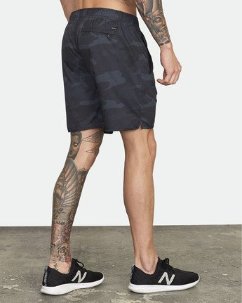 "6 Yogger IV 17"" - Workout Shorts for Men Camo W4WKMLRVP1 RVCA"
