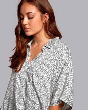 4 DECAY OVERSIZED BUTTON-UP SHIRT White W5141RDE RVCA