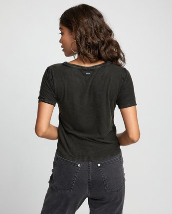 1 RETREAT TOP Black W9043RRE RVCA