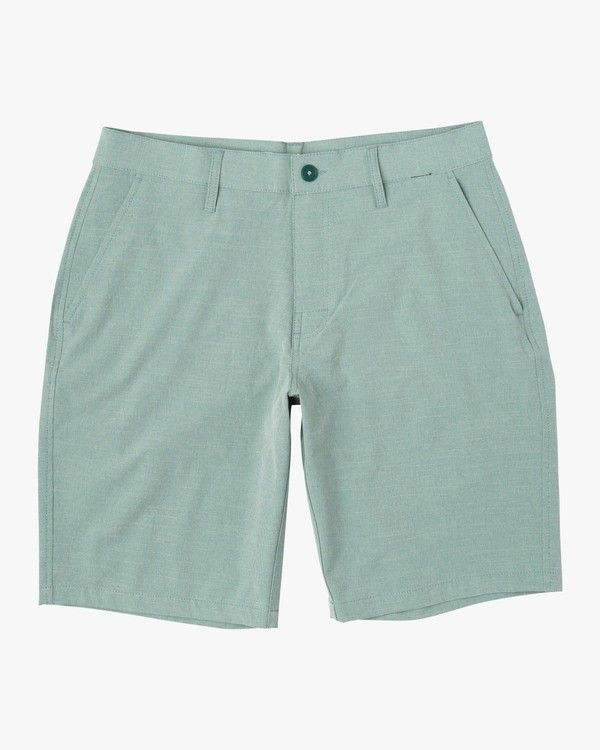 0 Balance Hybrid Shorts Green MK201BAL RVCA