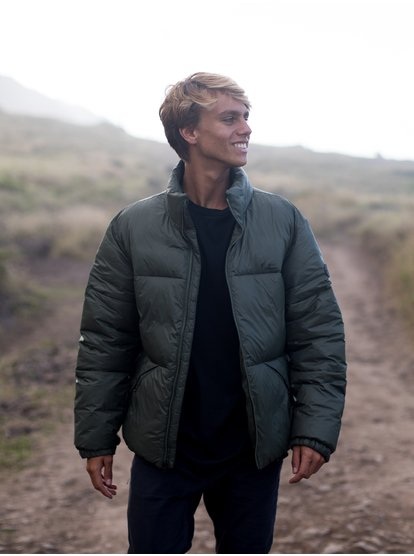 Down vs Synthetic: Types of Puffer Jacket Fill