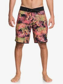 Quiksilver Quality Surf Clothing Snowboard Outwear Since