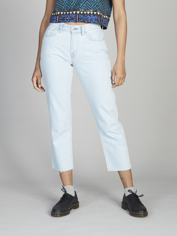 Quiksilver Womens - Cropped Loose Fit Jeans for Women  EQWDP03003