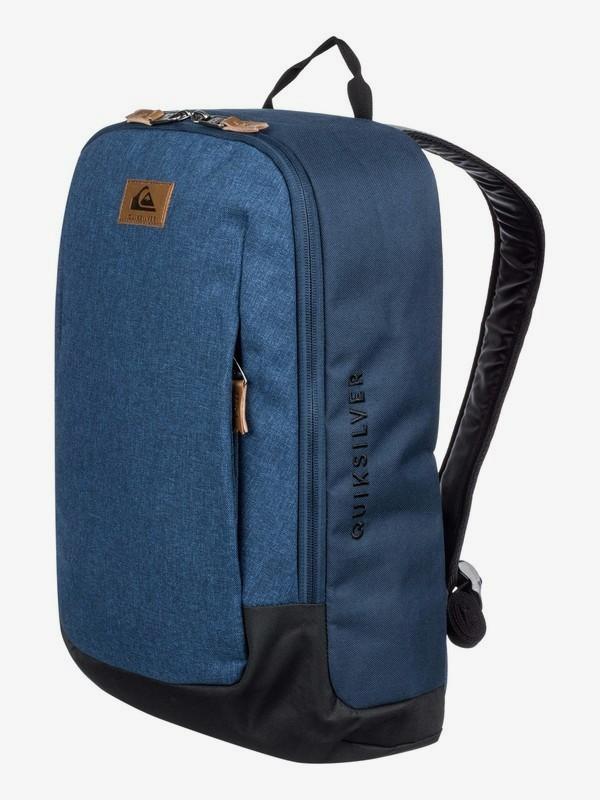 Small Upshot 18L - Medium Backpack  EQYBP03577
