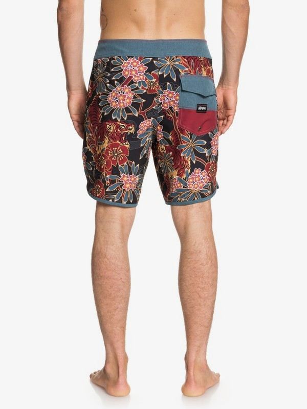 "Highline Silent Fury 18"" - Board Shorts for Men EQYBS04007"