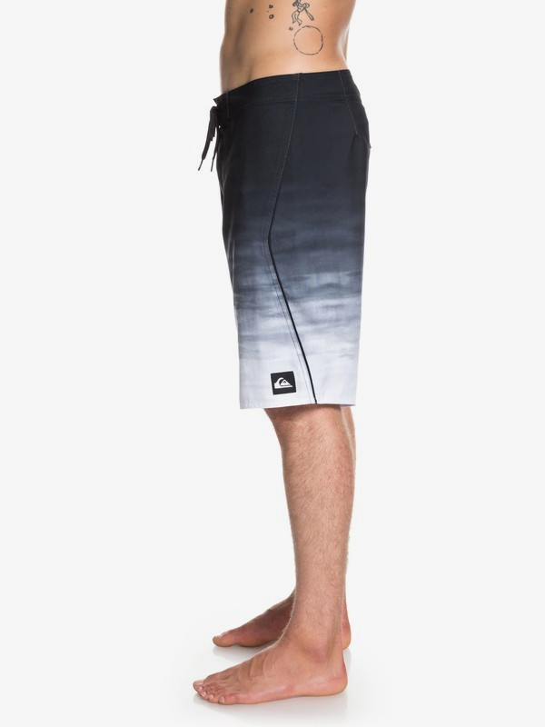 """Everyday Fade Reef 21"""" - Board Shorts for Men EQYBS04091"""