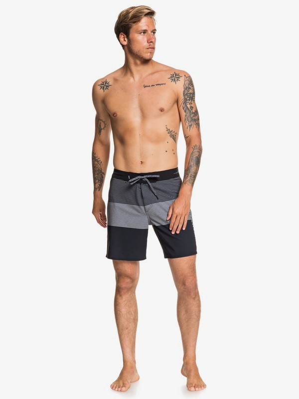 "Highline Massive 17"" - Board Shorts  EQYBS04326"