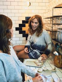 Staying True - Sweatshirt for Women  ERJKT03818