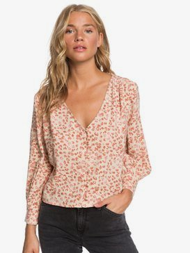 Kiss And Make Up - 3/4 Sleeve Blouse  ERJWT03427