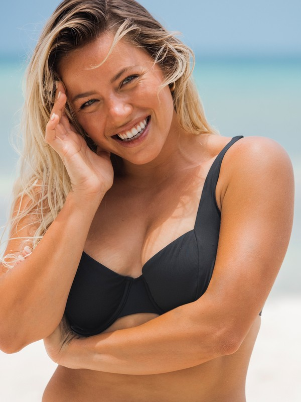 Beach Classics - D-Cup Underwired Bikini Top for Women  ERJX304339